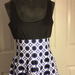 Maggie London ballet neck Print dress Sz 6